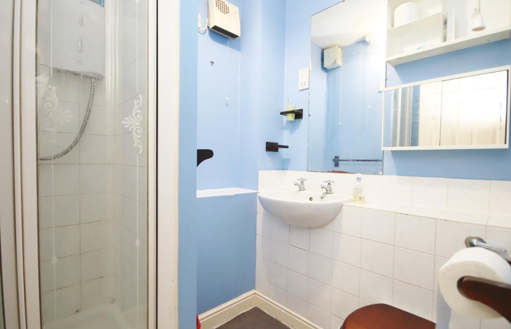 2 bed flat to rent in Wheat Sheaf Close  - Property Image 7