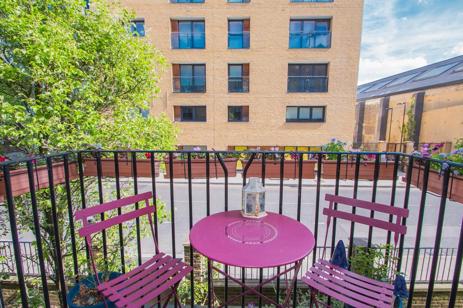 1 bed flat for sale in Ship Yard, E14