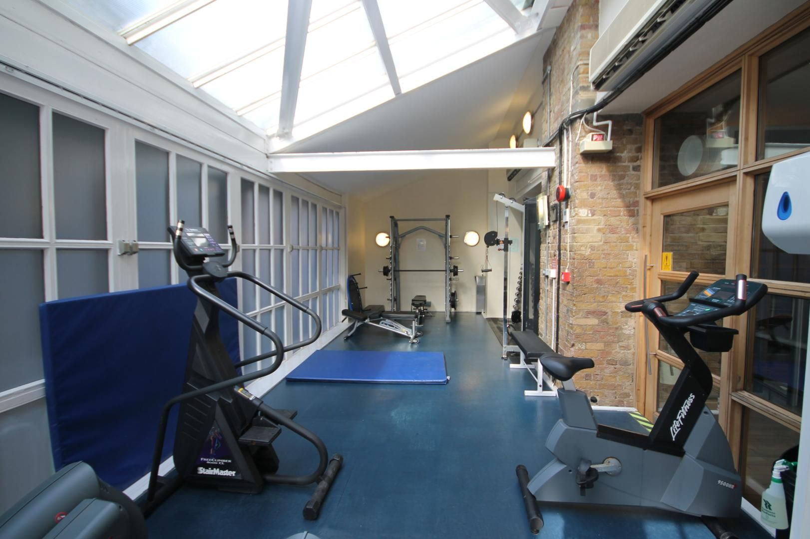 1 bed flat for sale in Ship Yard  - Property Image 9