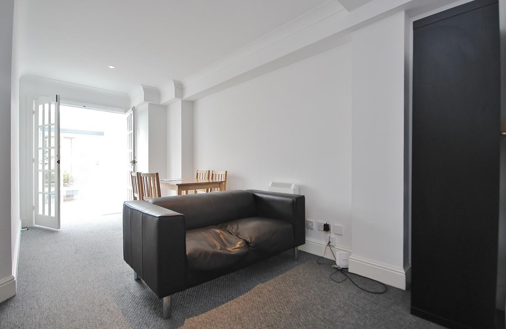 2 bed flat to rent in Plate House  - Property Image 5