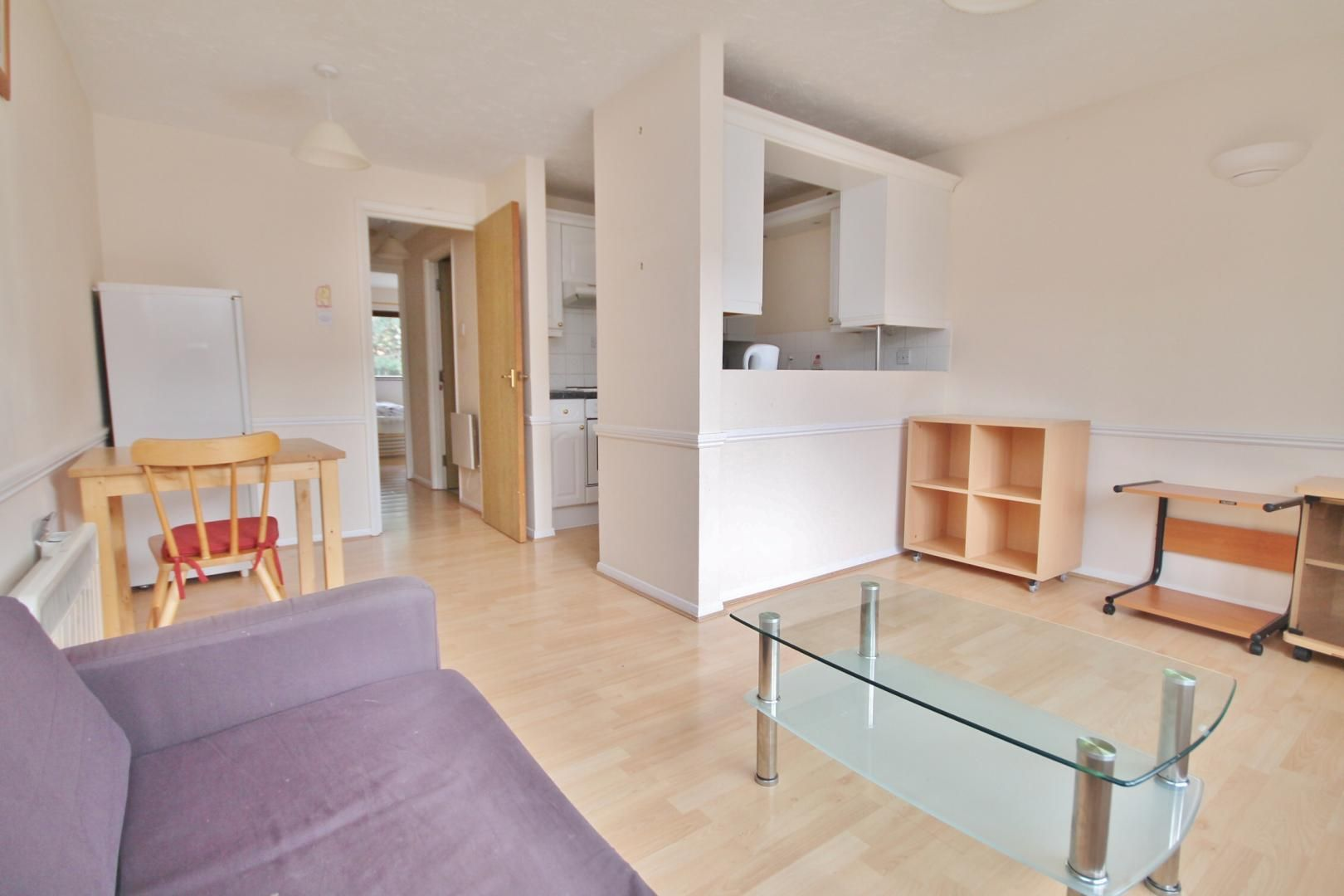 1 bed flat to rent in Transom Square, E14