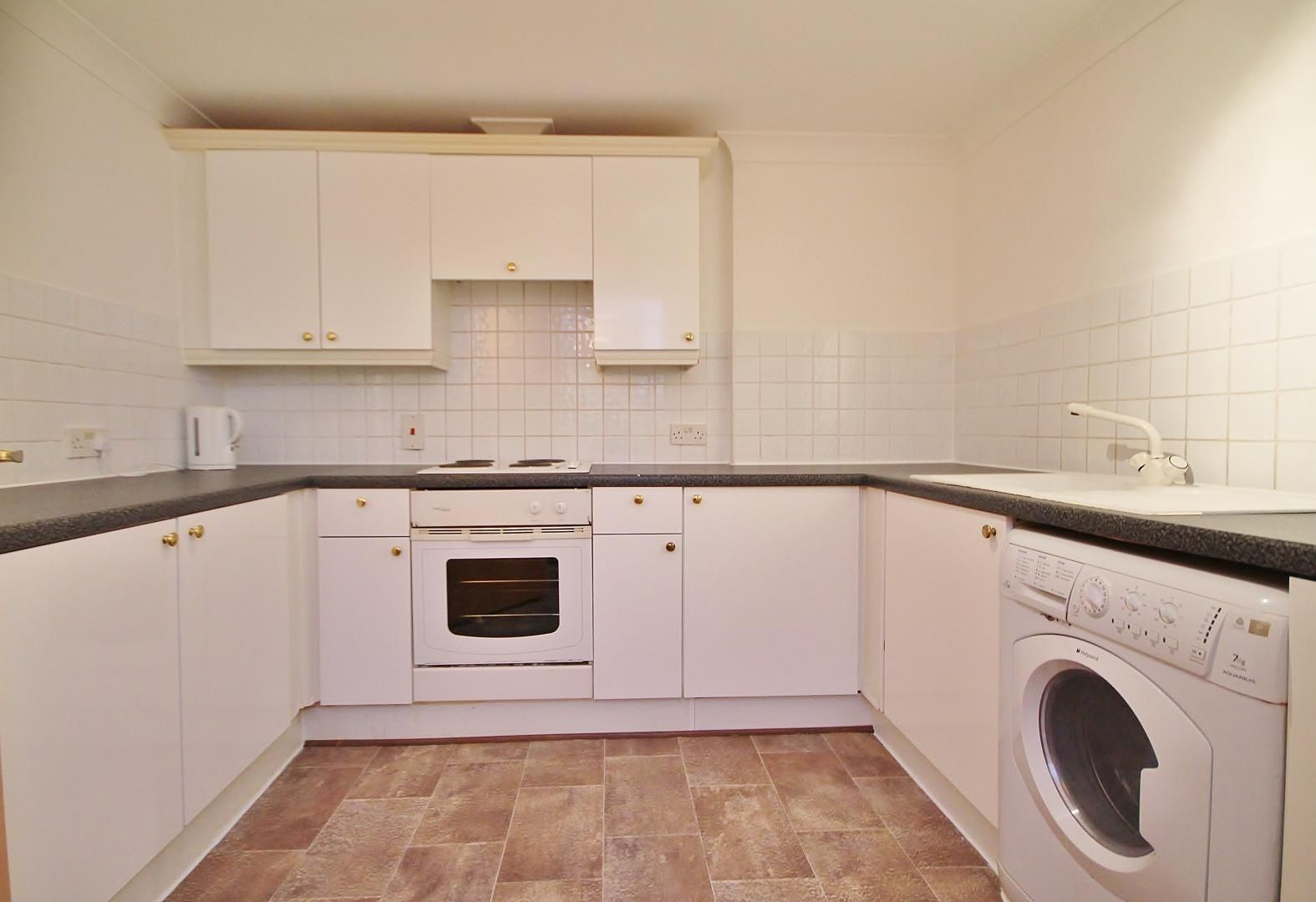 1 bed flat to rent in Westferry Road  - Property Image 9