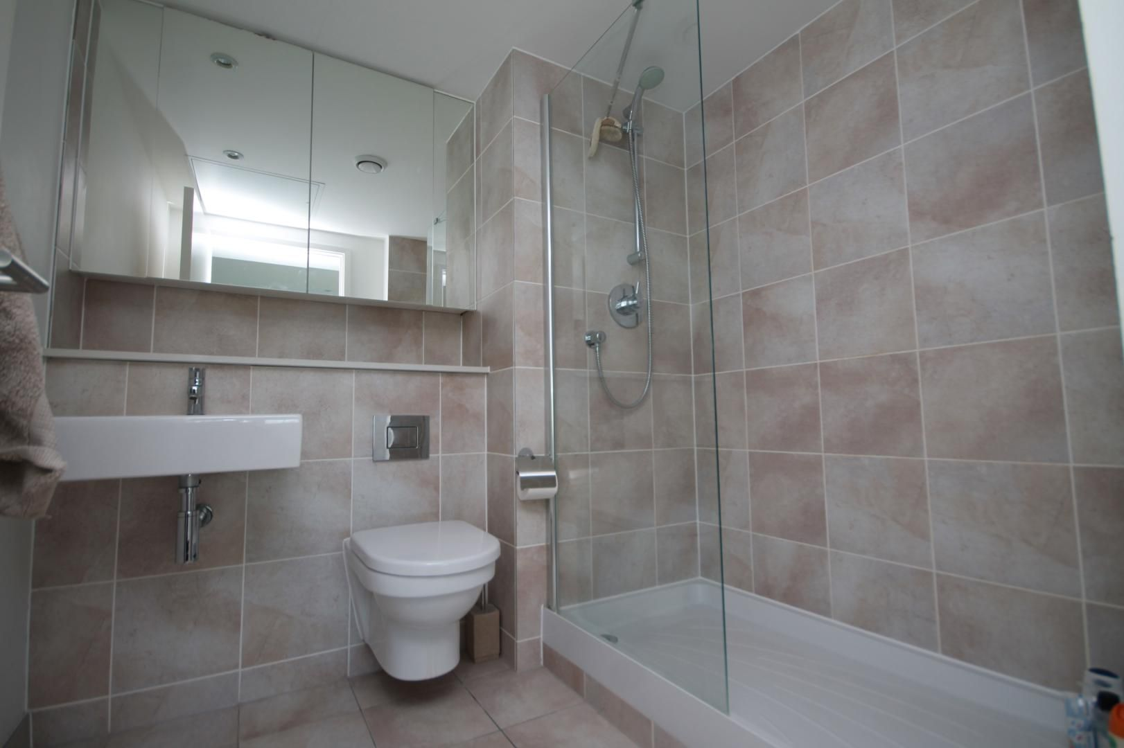 2 bed  to rent in Marsh Wall  - Property Image 4