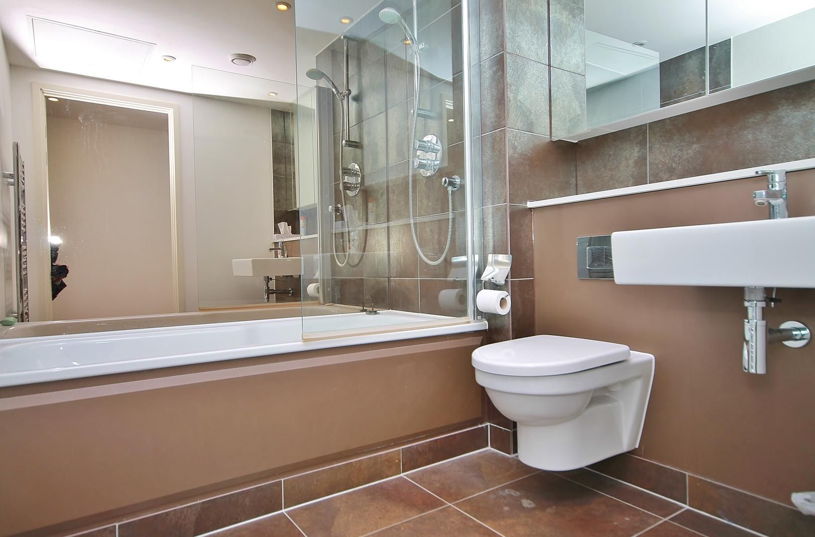 2 bed  to rent in Marsh Wall  - Property Image 3