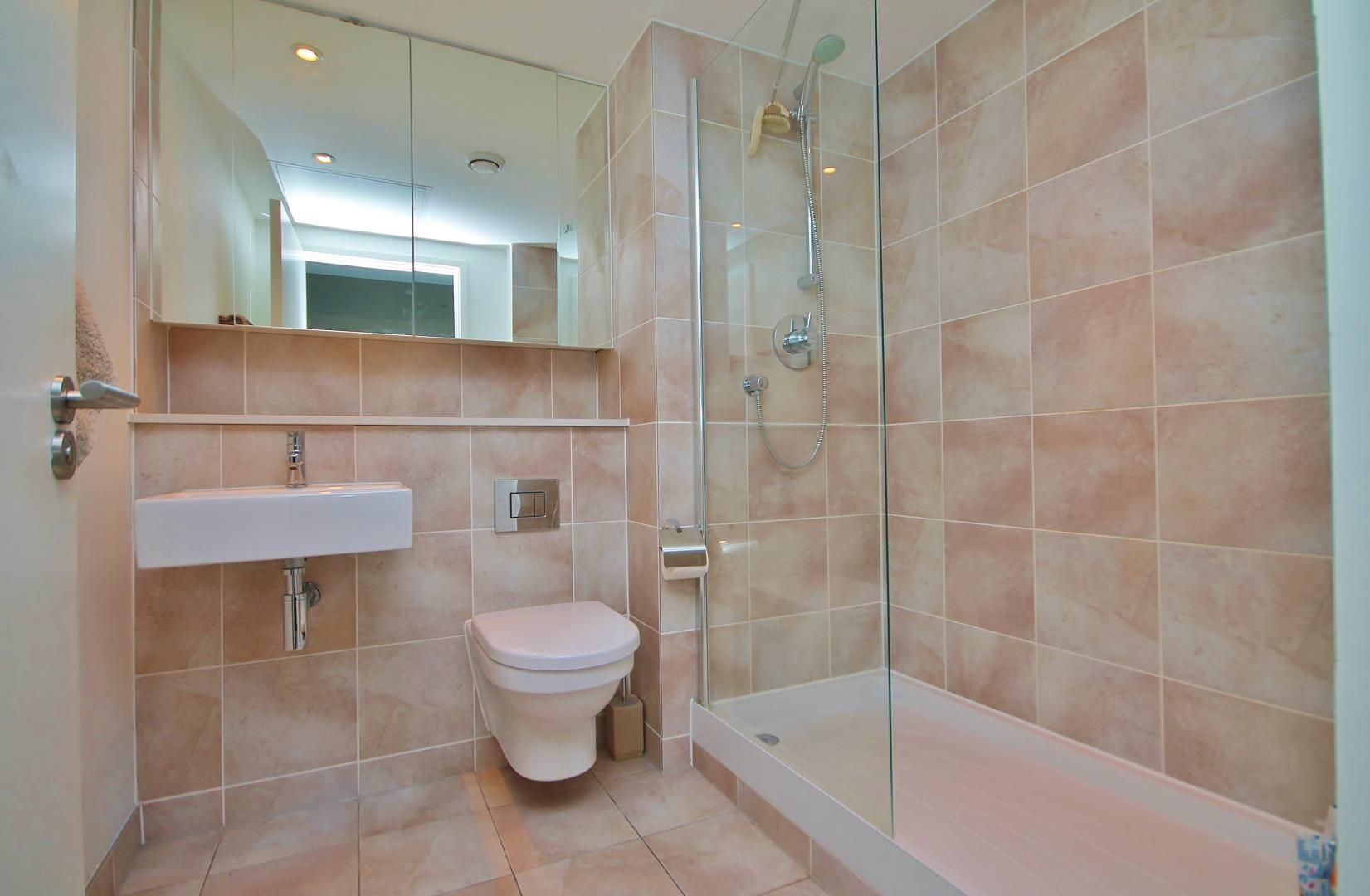 2 bed  to rent in Marsh Wall  - Property Image 5