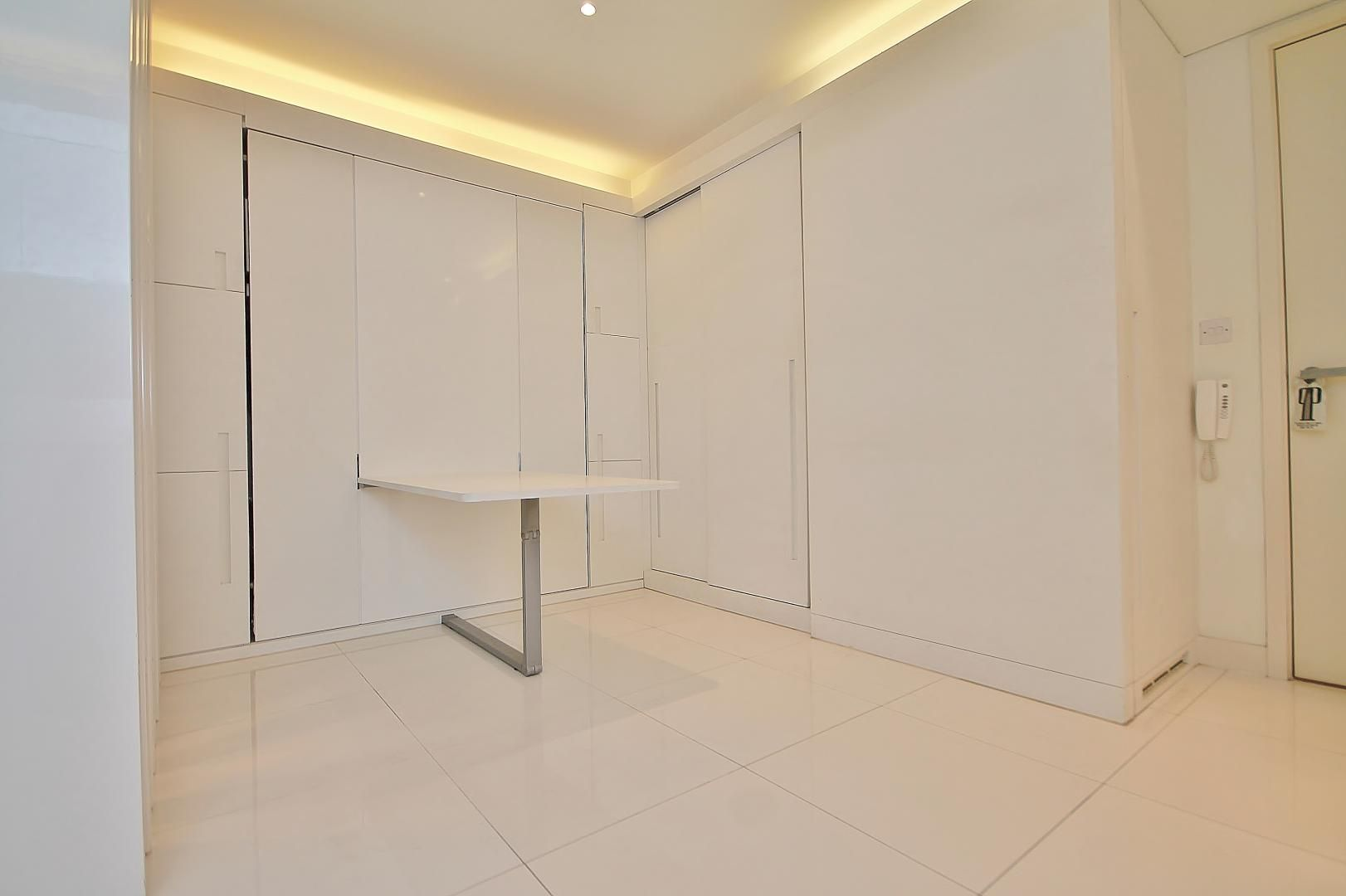 to rent in Pan Peninsula Square  - Property Image 3