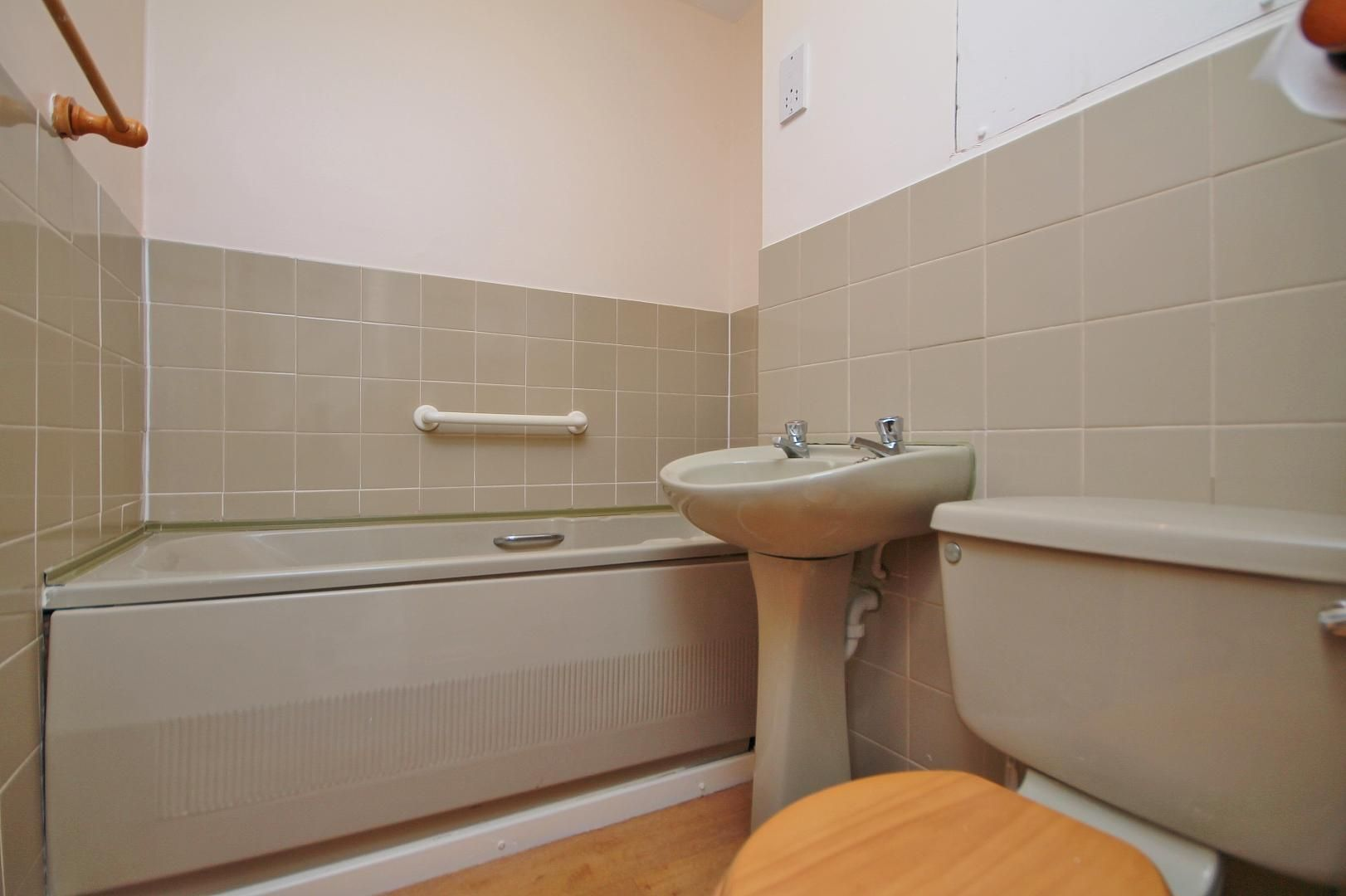 3 bed house to rent in Manchester Road  - Property Image 13