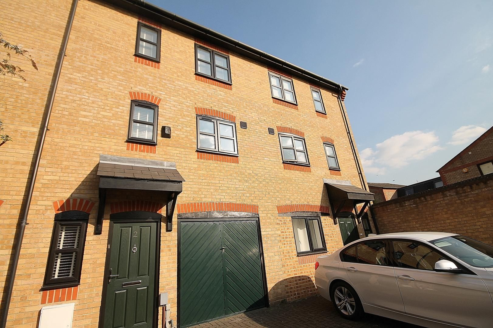 3 bed house to rent in Observatory Mews  - Property Image 2