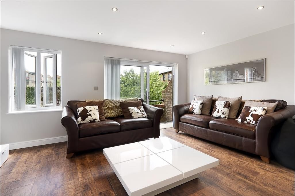 4 bed house for sale in Plymouth Wharf  - Property Image 3