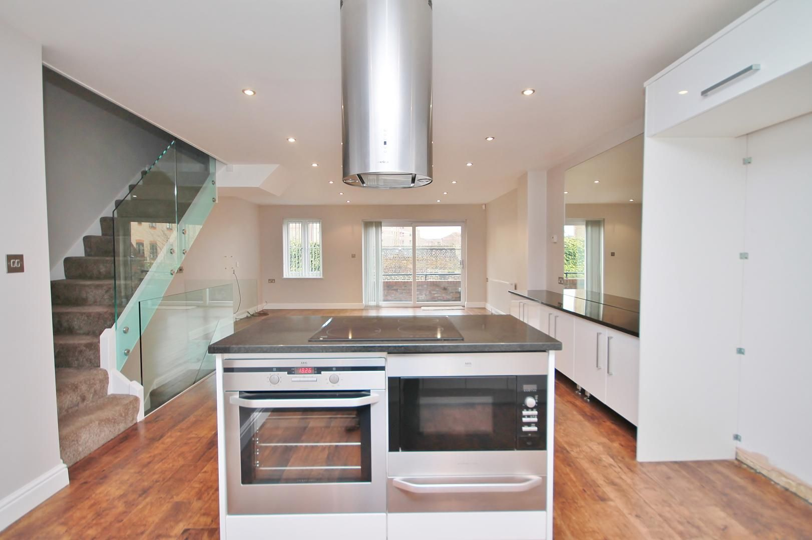 4 bed house for sale in Plymouth Wharf  - Property Image 5