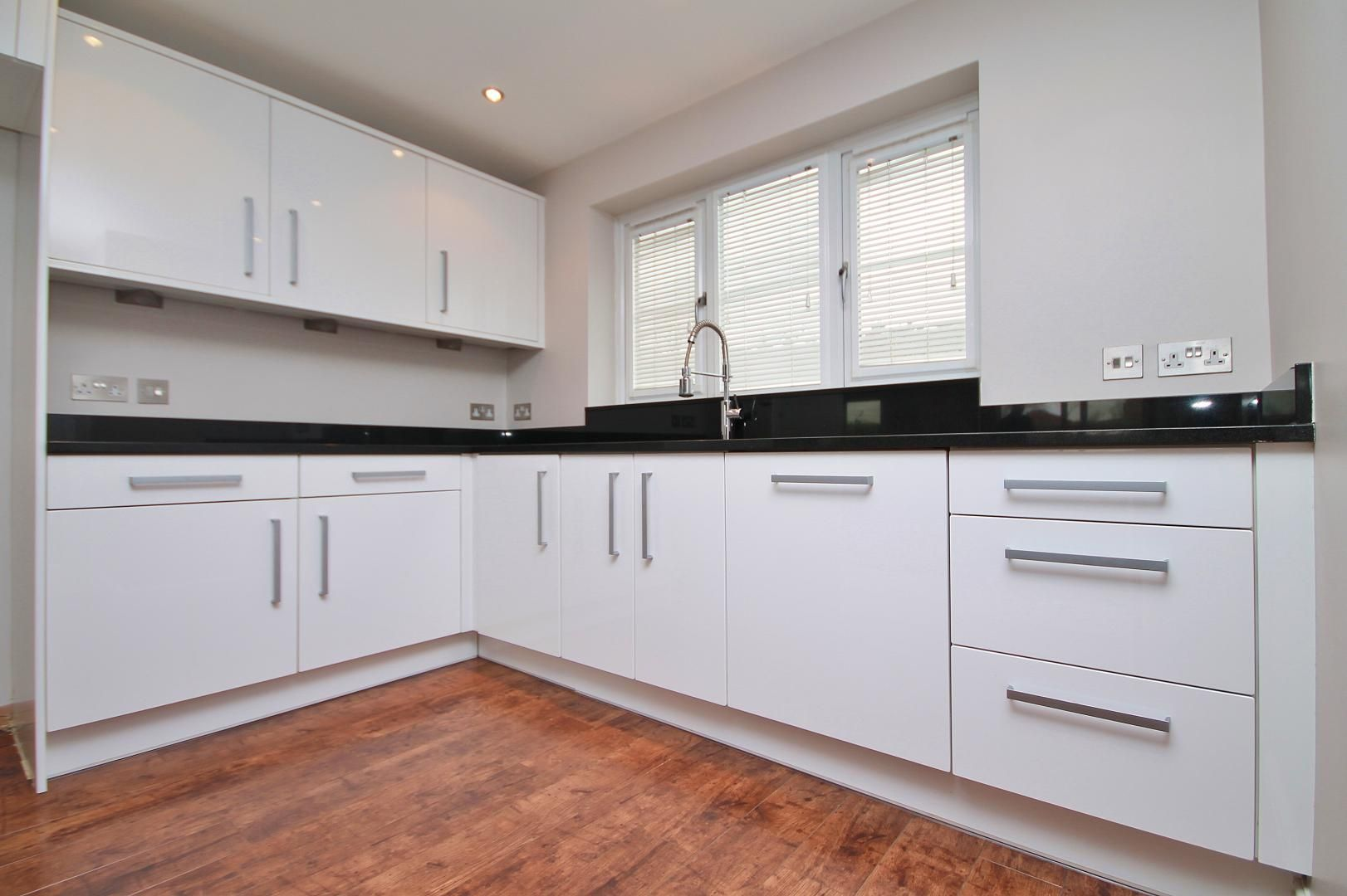 4 bed house for sale in Plymouth Wharf  - Property Image 6