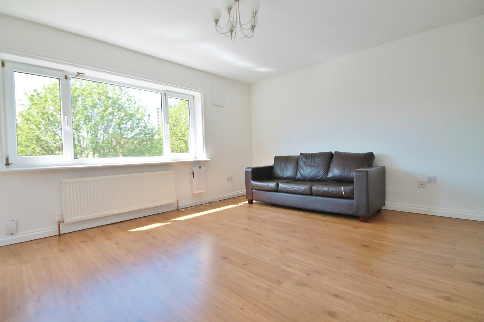 3 bed flat to rent in Storey Street, E16