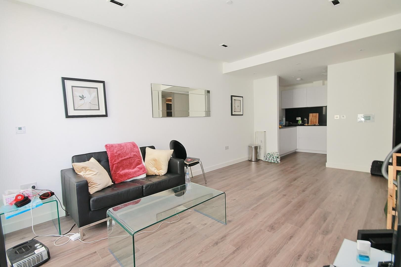 1 bed flat for sale in Cashmere House  - Property Image 5