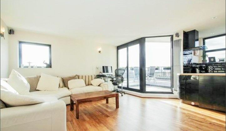 2 bed flat to rent in Burrells Wharf Square  - Property Image 3