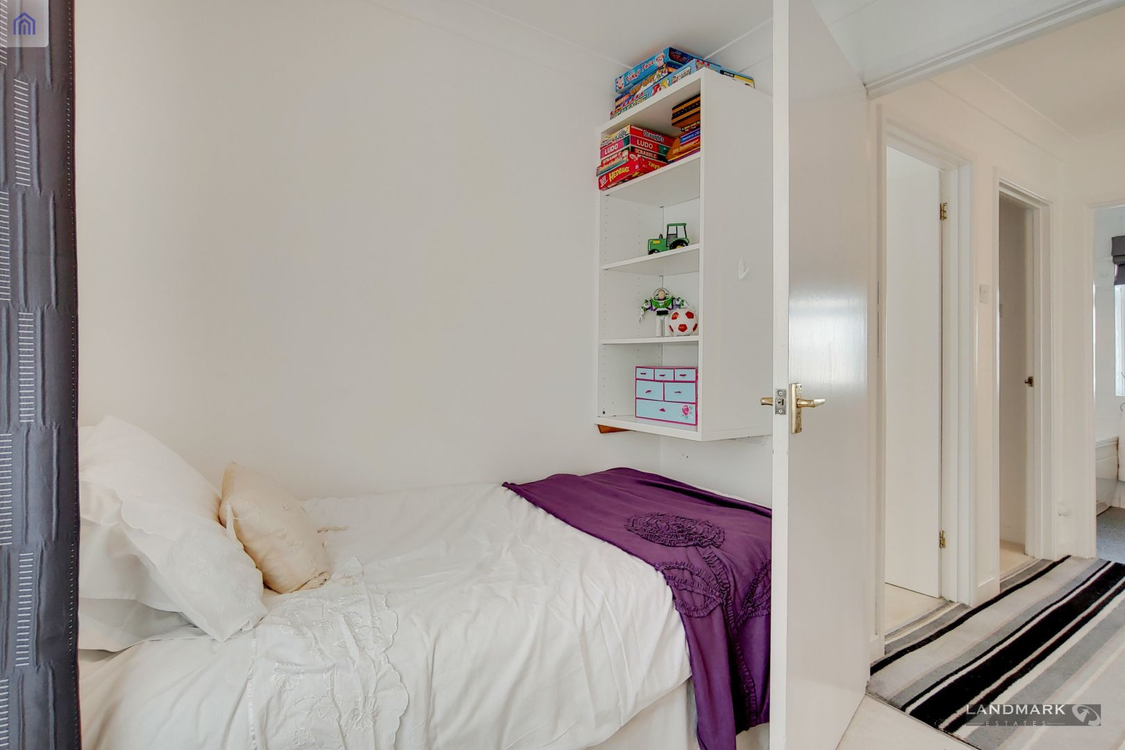 3 bed house for sale in Parsonage Street  - Property Image 12