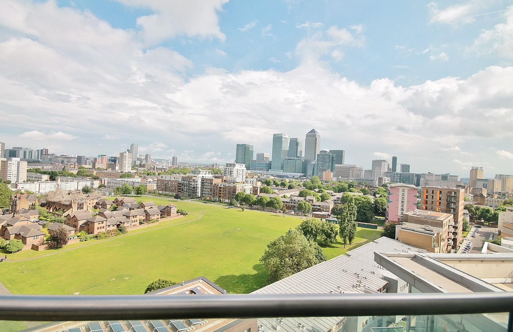 2 bed flat to rent in 93 Abbott's Wharf, E14