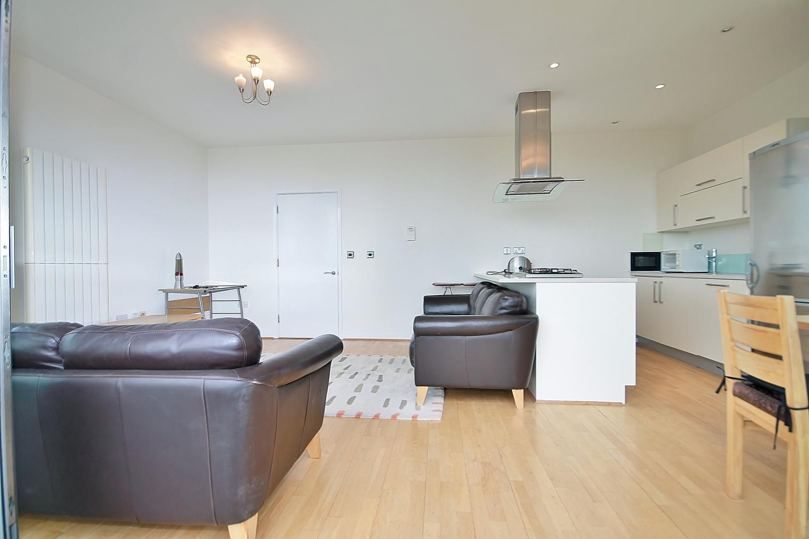 2 bed flat to rent in 93 Abbott's Wharf  - Property Image 5