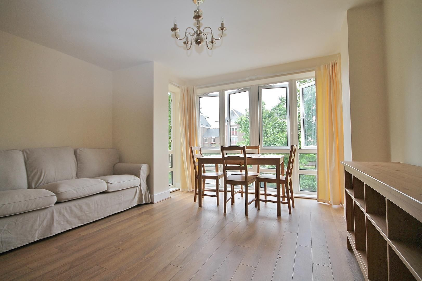 2 bed  to rent in St Davids Square, E14