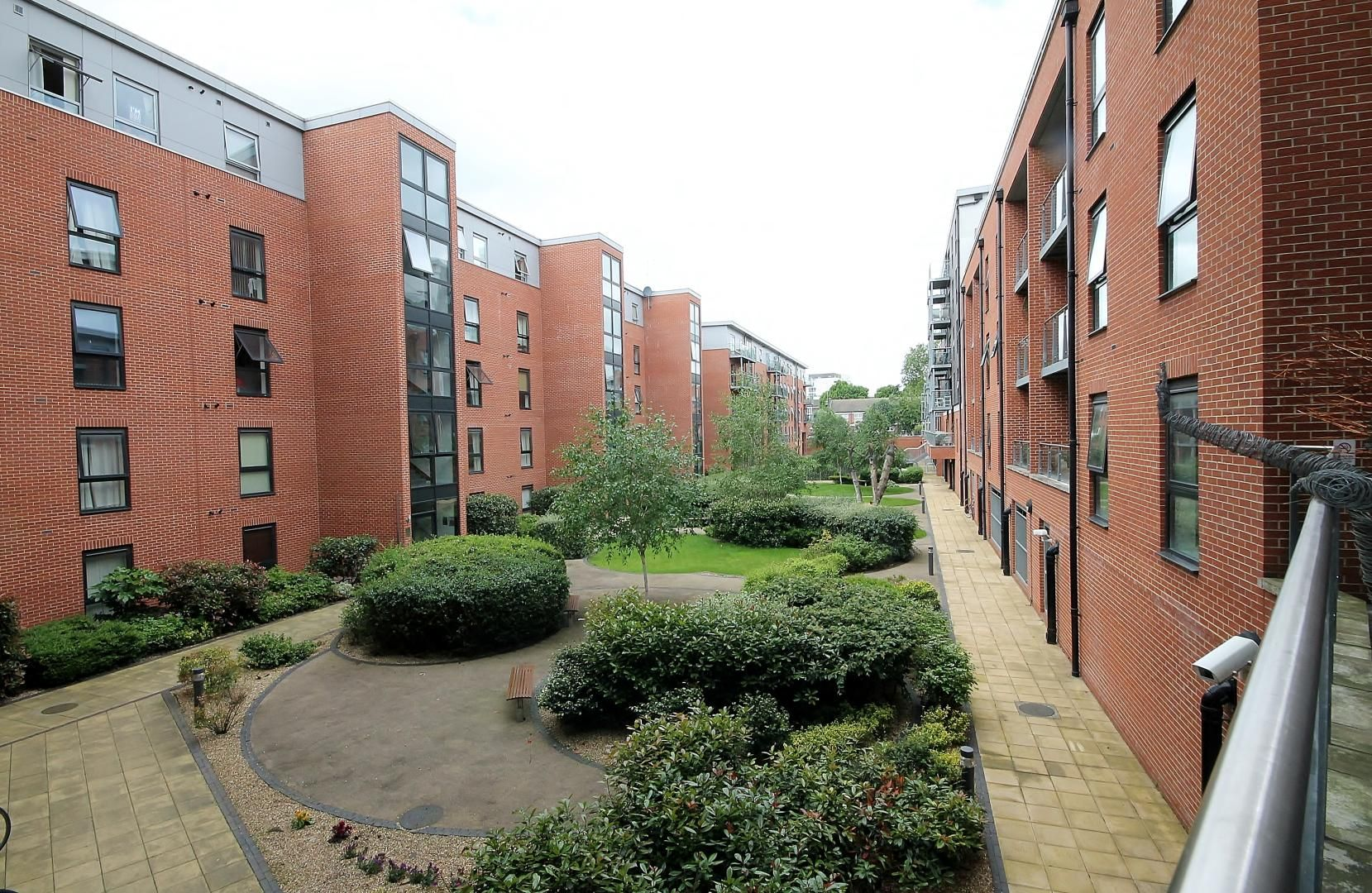 2 bed flat to rent in Mostyn Grove  - Property Image 3