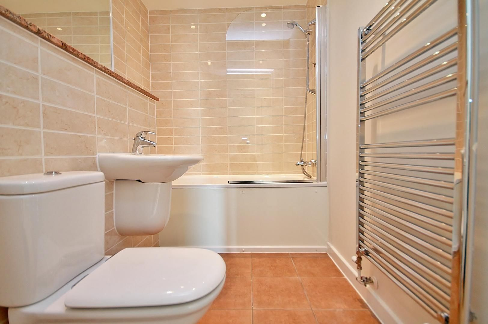 2 bed flat to rent in Mostyn Grove  - Property Image 7