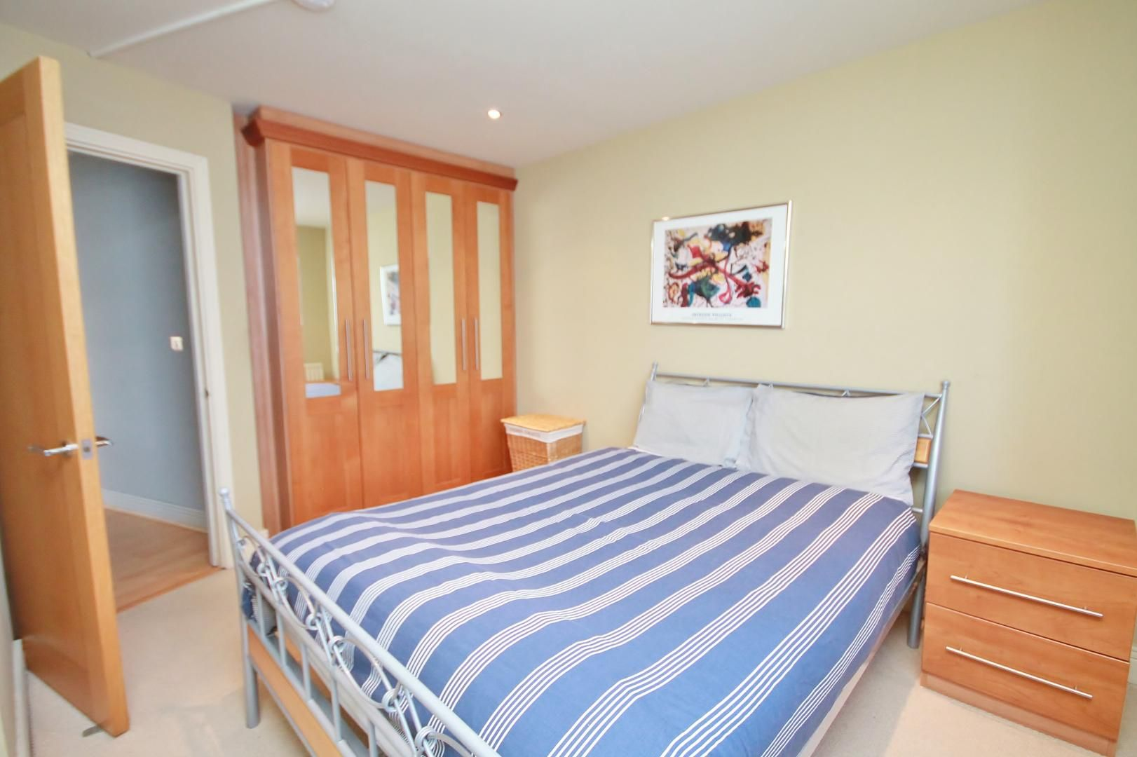 3 bed flat for sale in Wards Wharf Approach  - Property Image 8
