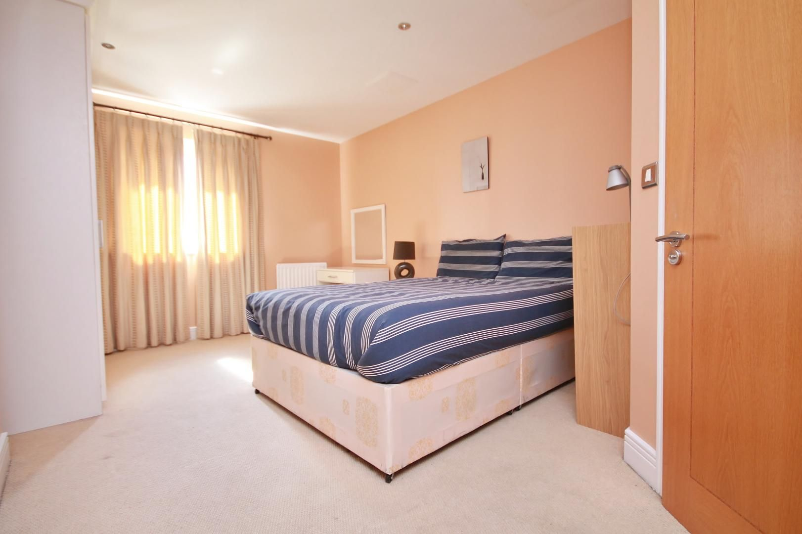 3 bed flat for sale in Wards Wharf Approach  - Property Image 10