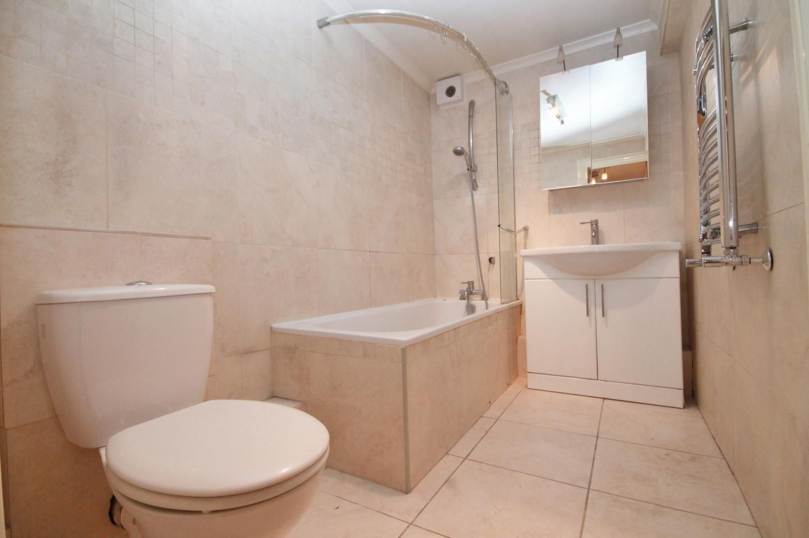 1 bed flat to rent in Taffrail House  - Property Image 3