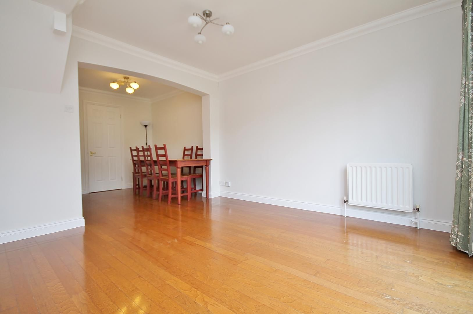 2 bed house to rent in Transom Square  - Property Image 3