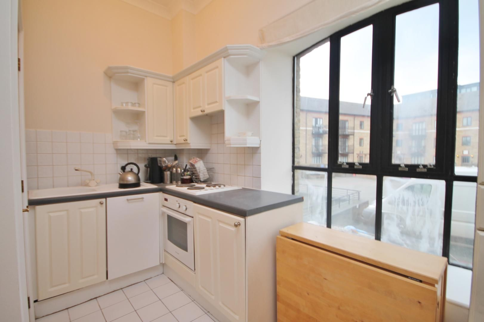 1 bed flat for sale in Burrells Wharf Square  - Property Image 8