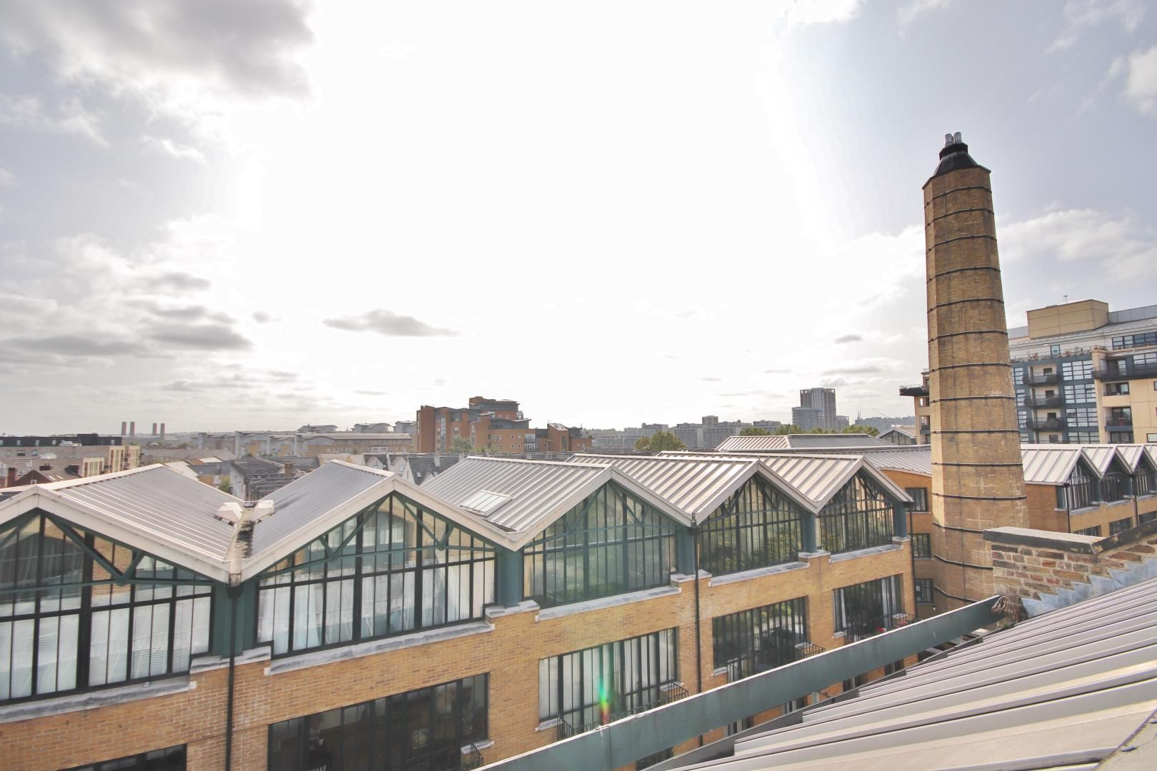 2 bed flat to rent in Burrells Wharf Square  - Property Image 11