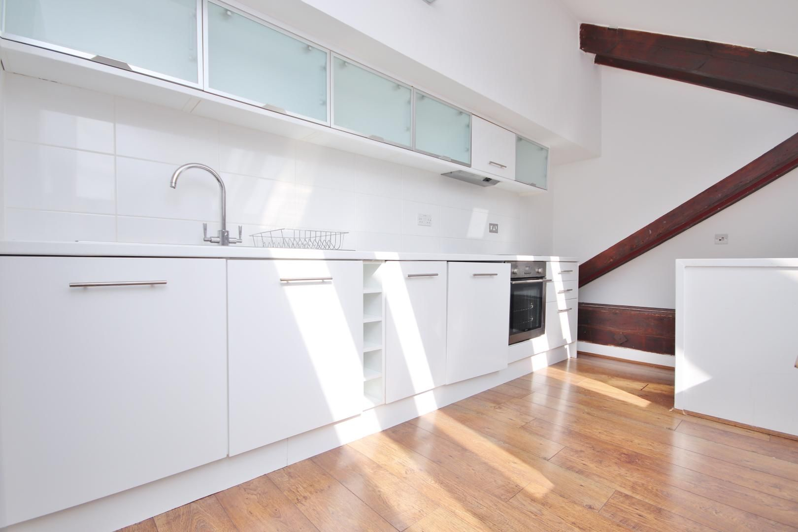 2 bed flat to rent in Burrells Wharf Square  - Property Image 8