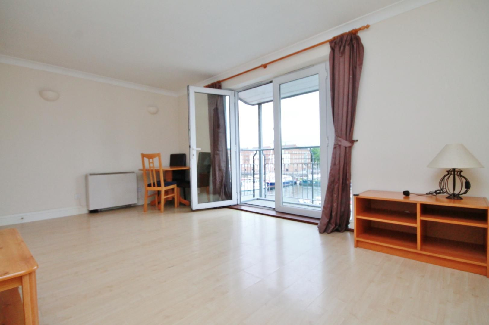2 bed flat to rent in Rainbow Quay, SE16