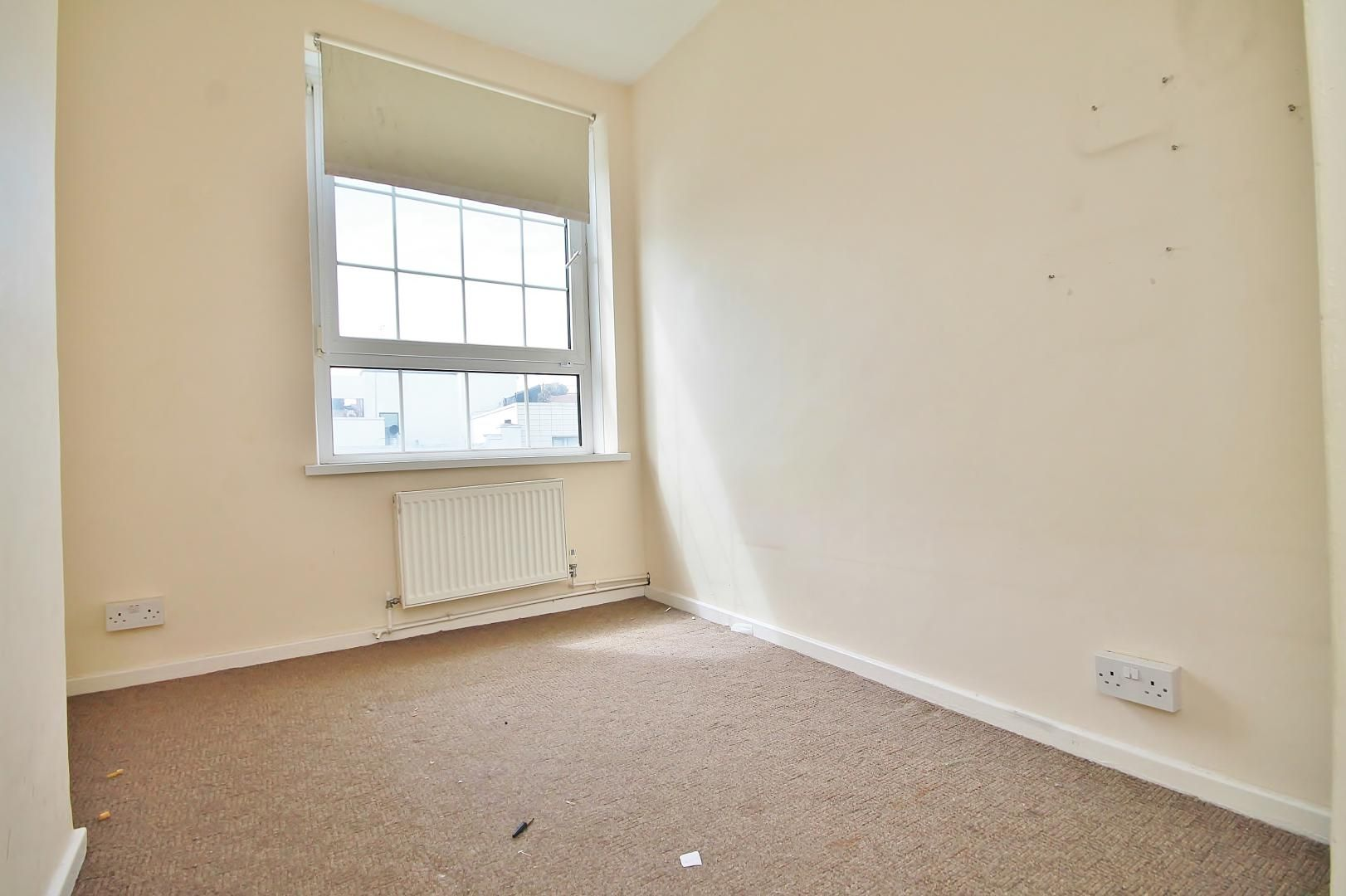 3 bed flat for sale in Arethusa House, Cahir Street  - Property Image 6