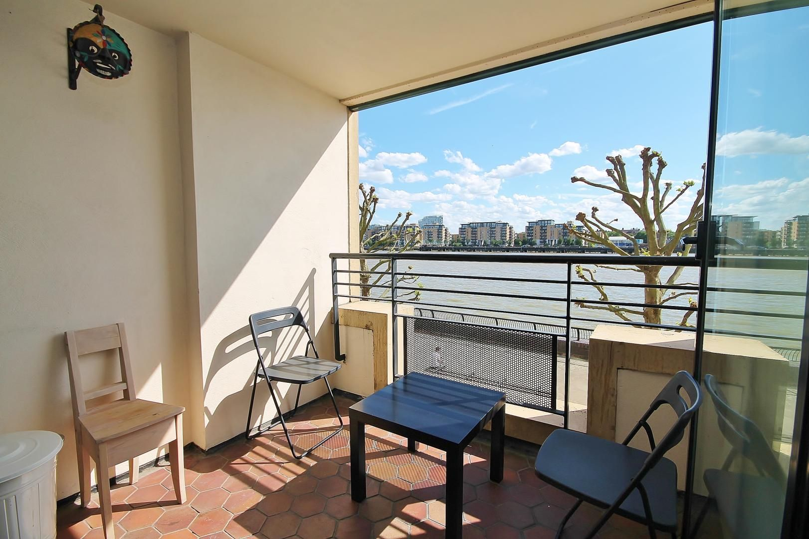 1 bed  for sale in Burrells Wharf Square  - Property Image 2