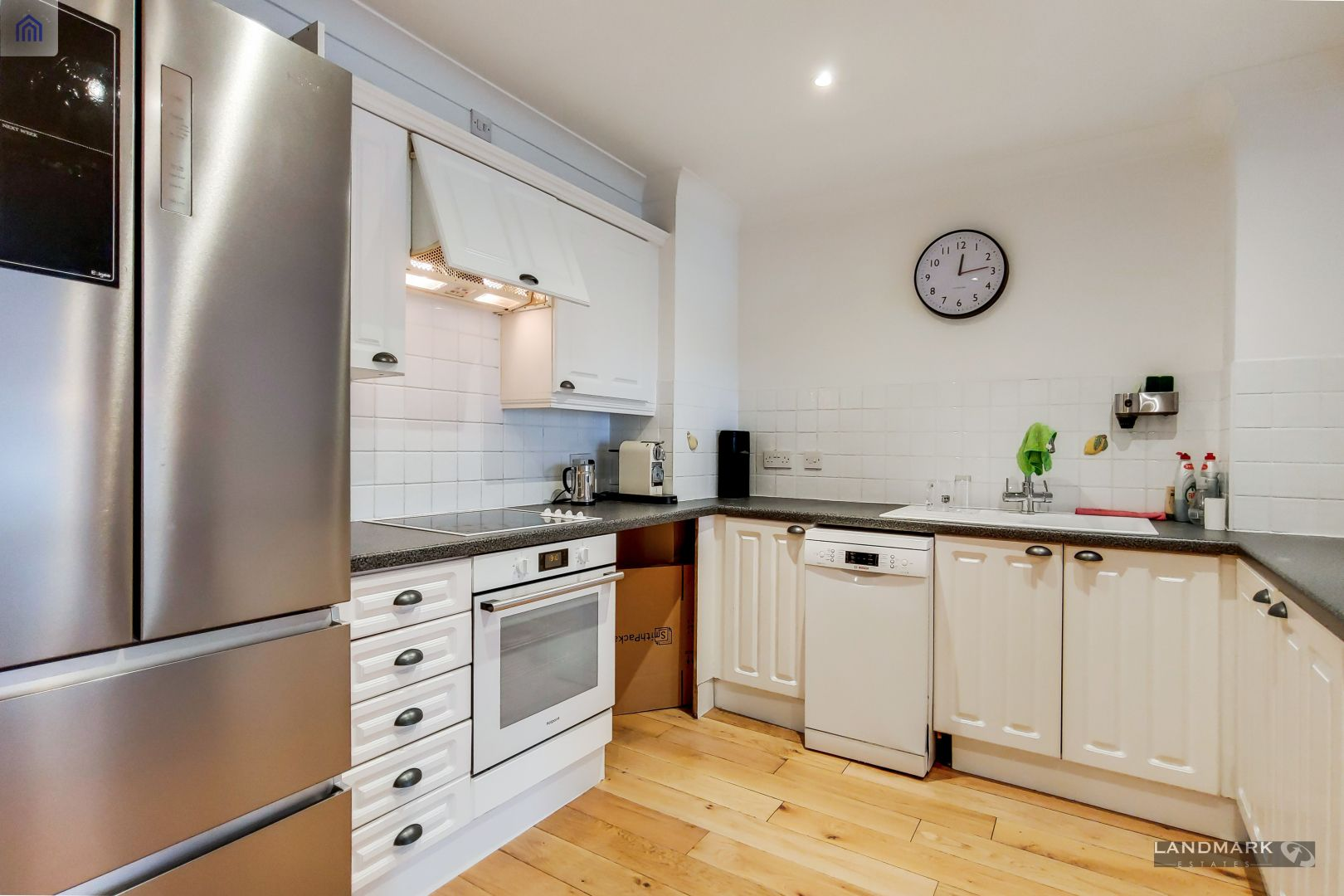 2 bed flat for sale in Plate House - Property Image 1
