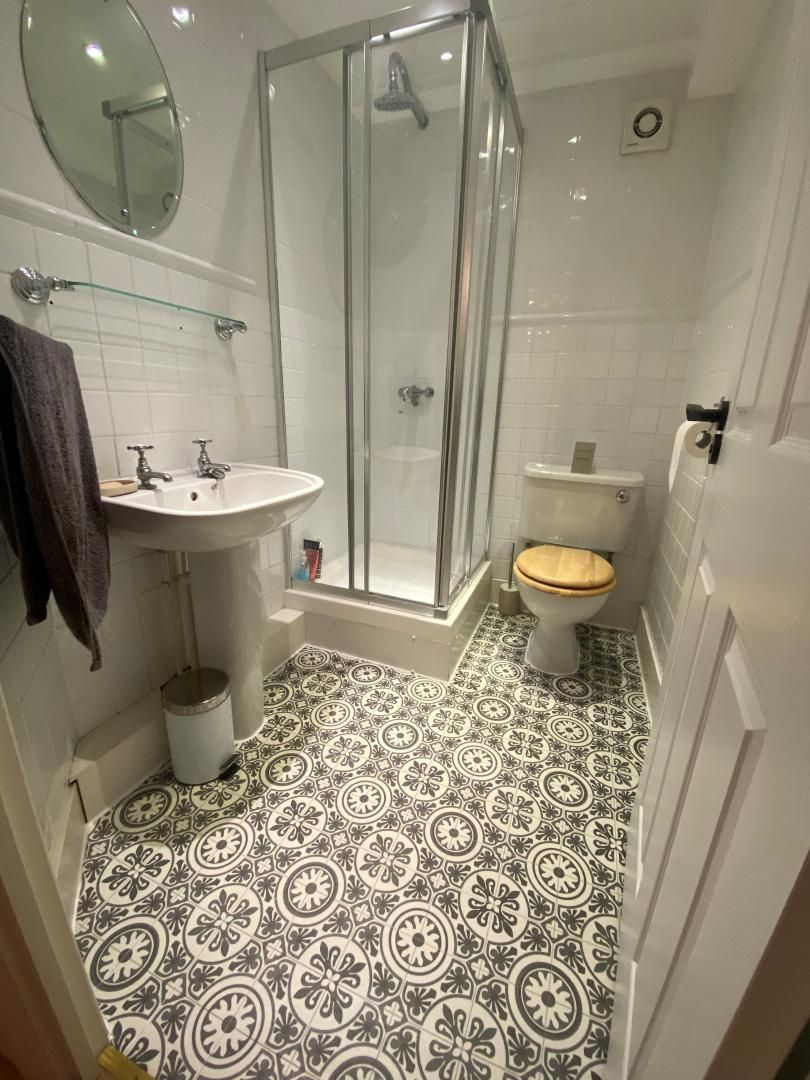 2 bed flat for sale in Plate House  - Property Image 12