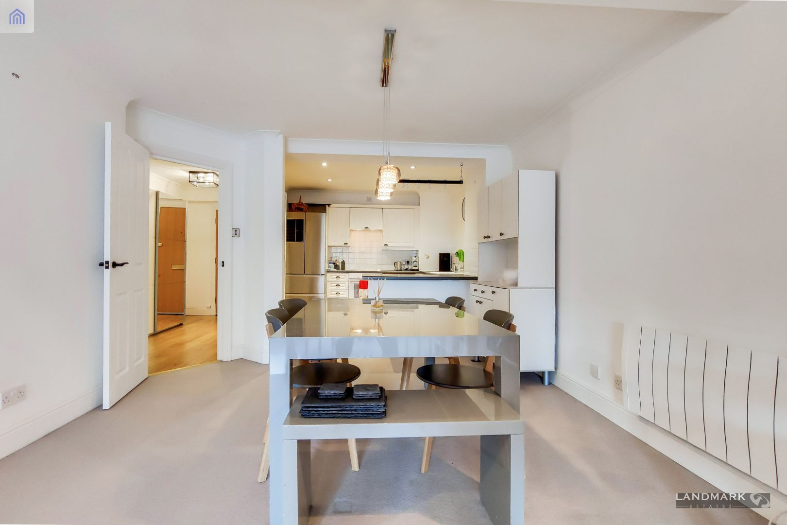 2 bed flat for sale in Plate House  - Property Image 4