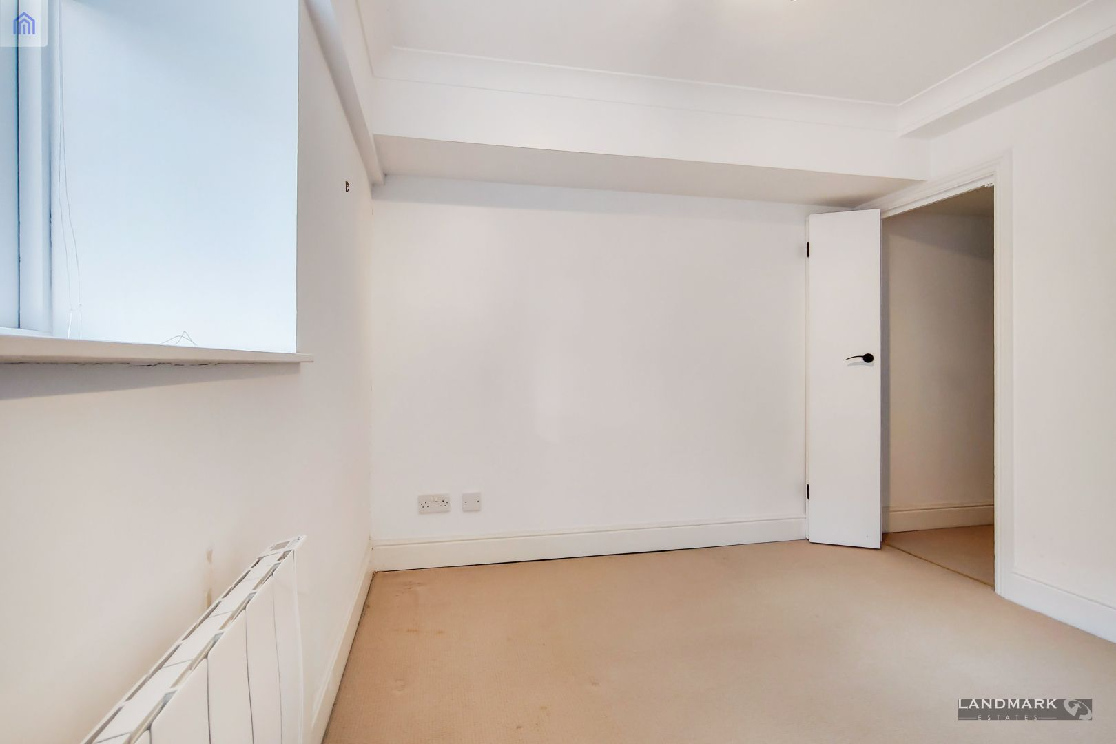 2 bed flat for sale in Plate House  - Property Image 7