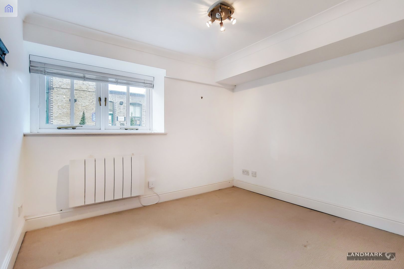 2 bed flat for sale in Plate House  - Property Image 8