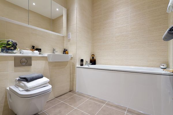 2 bed flat for sale in Aberfeldy Village, E14  - Property Image 6