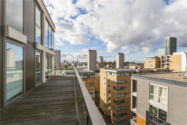 2 bed flat to rent in Denison House  - Property Image 8