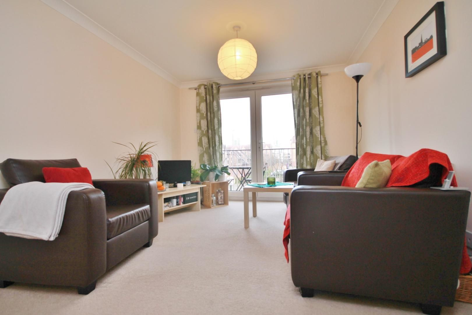 2 bed flat to rent in Cadnam Lodge  - Property Image 2