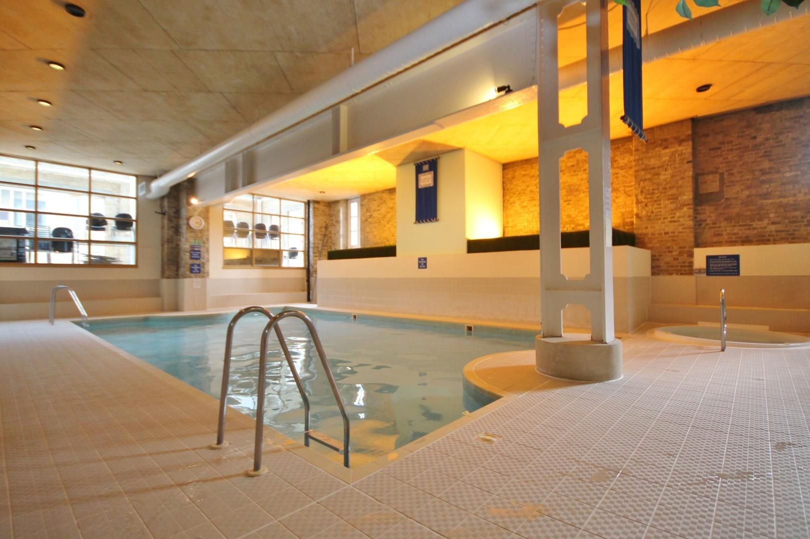 1 bed flat to rent in Brunel House  - Property Image 8
