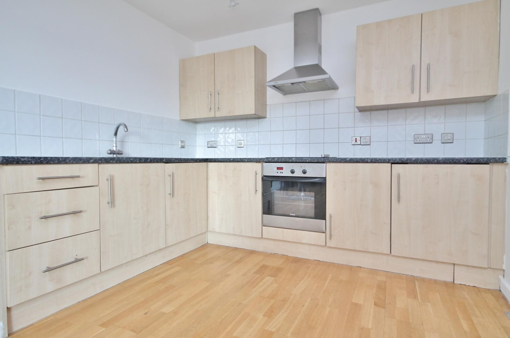1 bed flat to rent in Vista Building  - Property Image 4