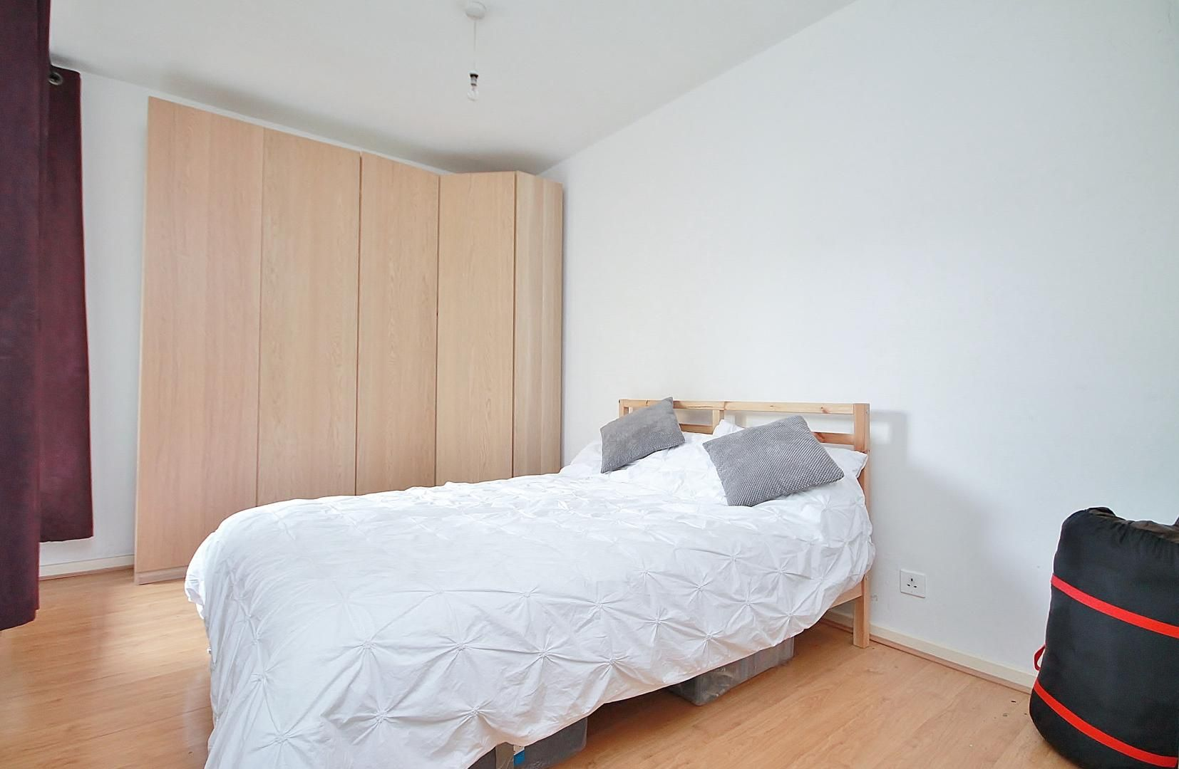 1 bed flat to rent in Jackman House, E1W