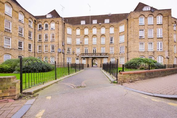 1 bed flat to rent in Jackman House  - Property Image 9