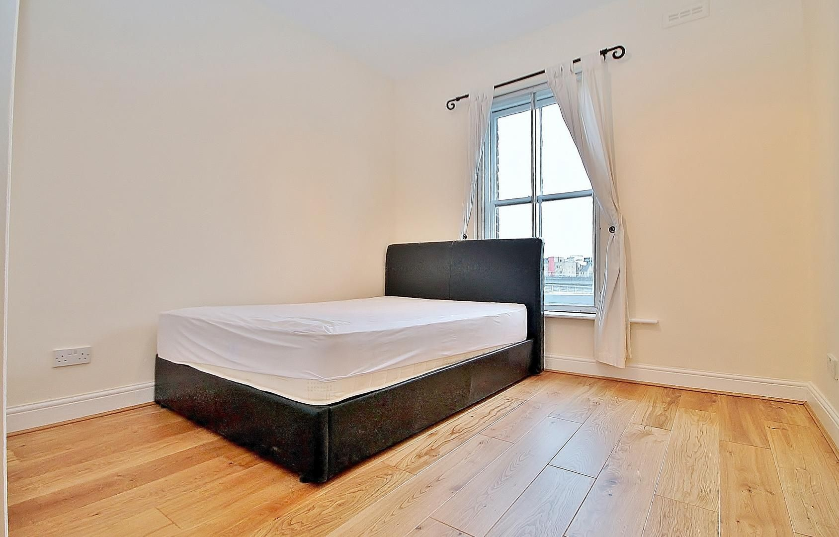 1 bed flat to rent in Wickes House  - Property Image 4