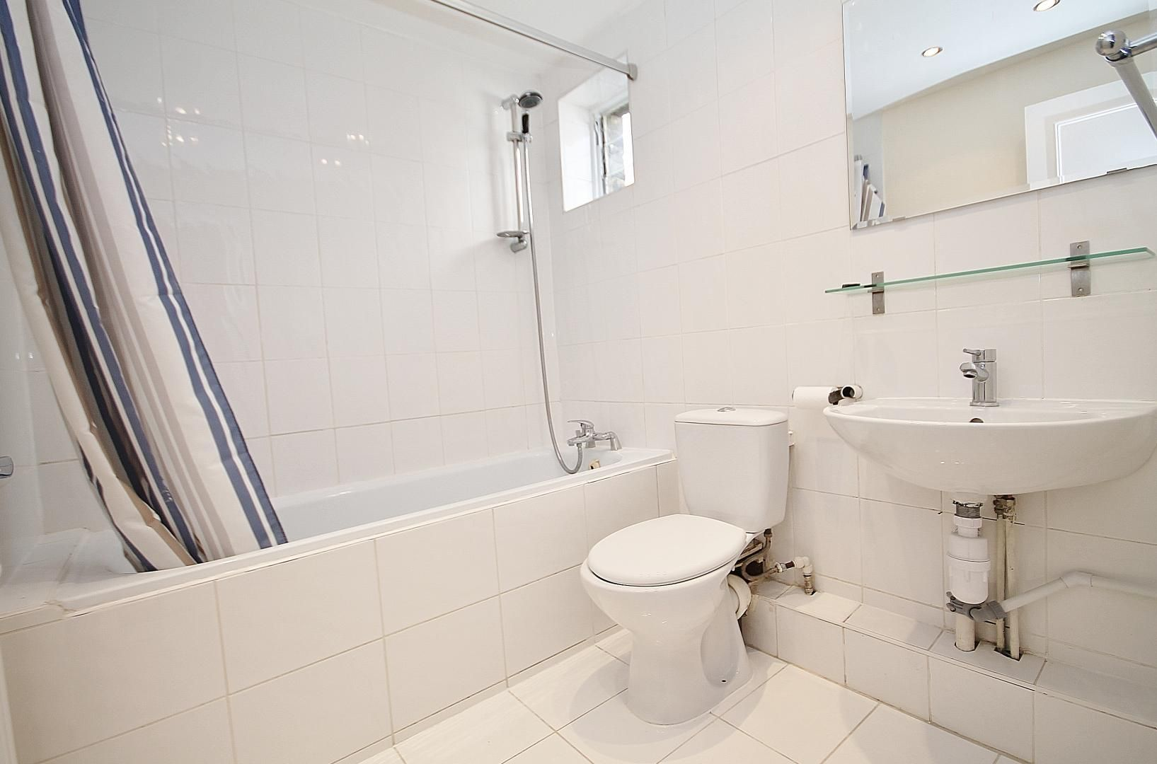 1 bed flat to rent in Wickes House  - Property Image 5