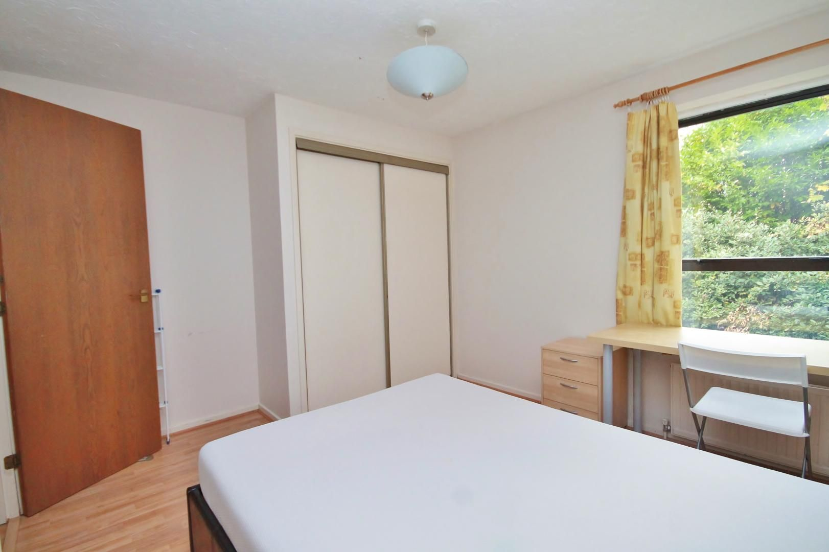1 bed flat for sale in Manchester Road  - Property Image 4