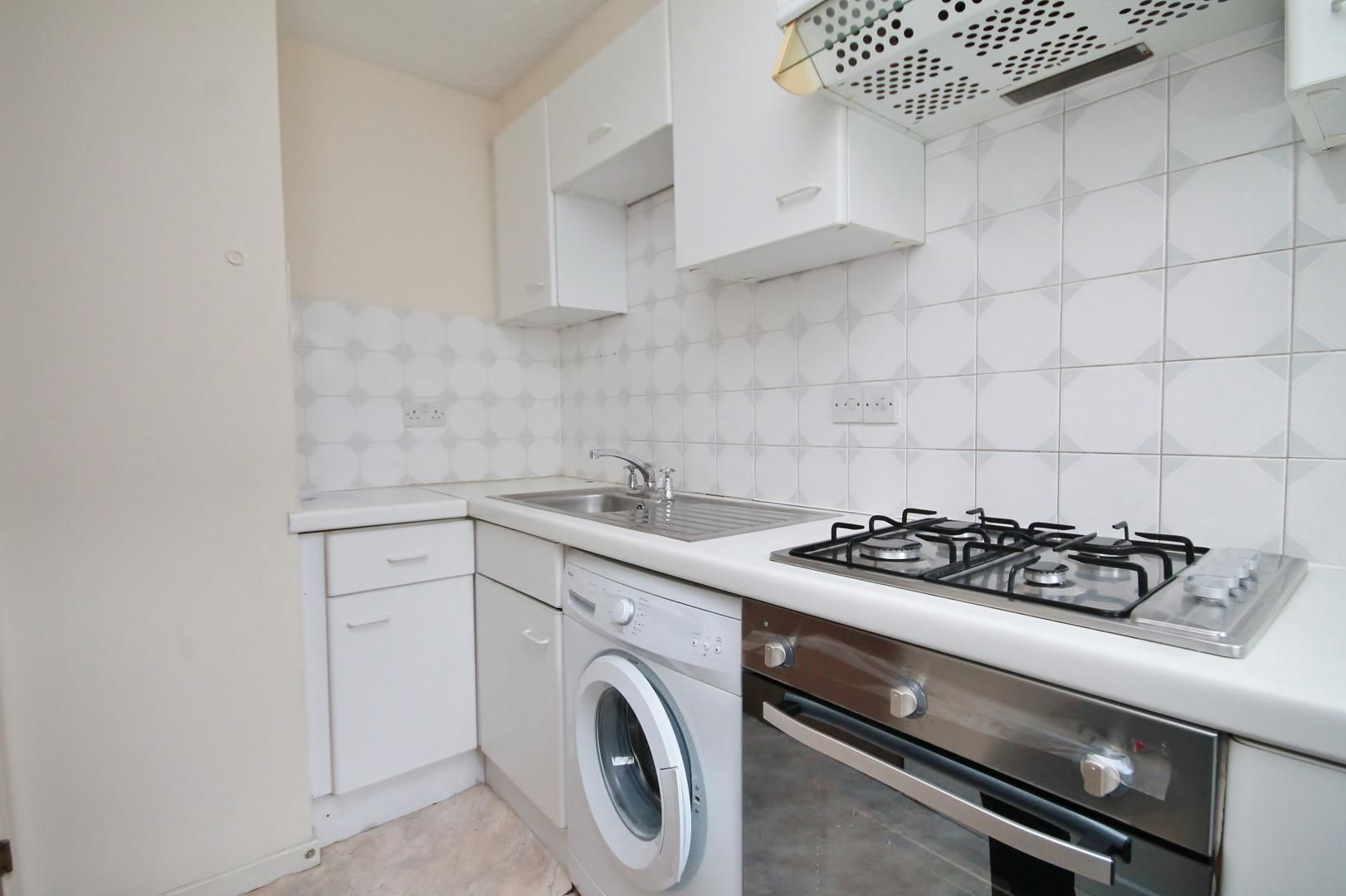 1 bed flat for sale in Manchester Road  - Property Image 6